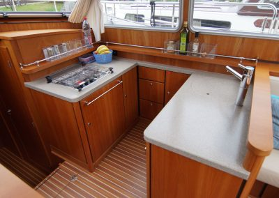 linssen-grand-sturdy-410-pantry-01