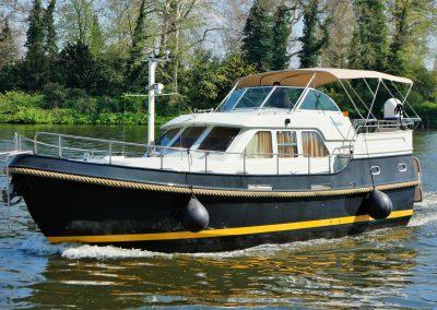 linssen-grand-sturdy-380-ac-aussenansicht-07
