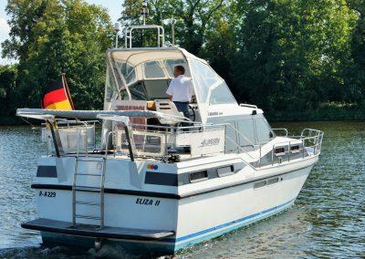 Linssen-37SE-Motoryacht-Heckansicht